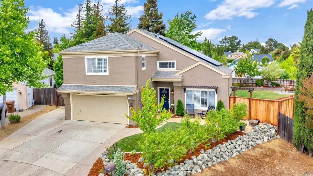 525 Orchid Ct