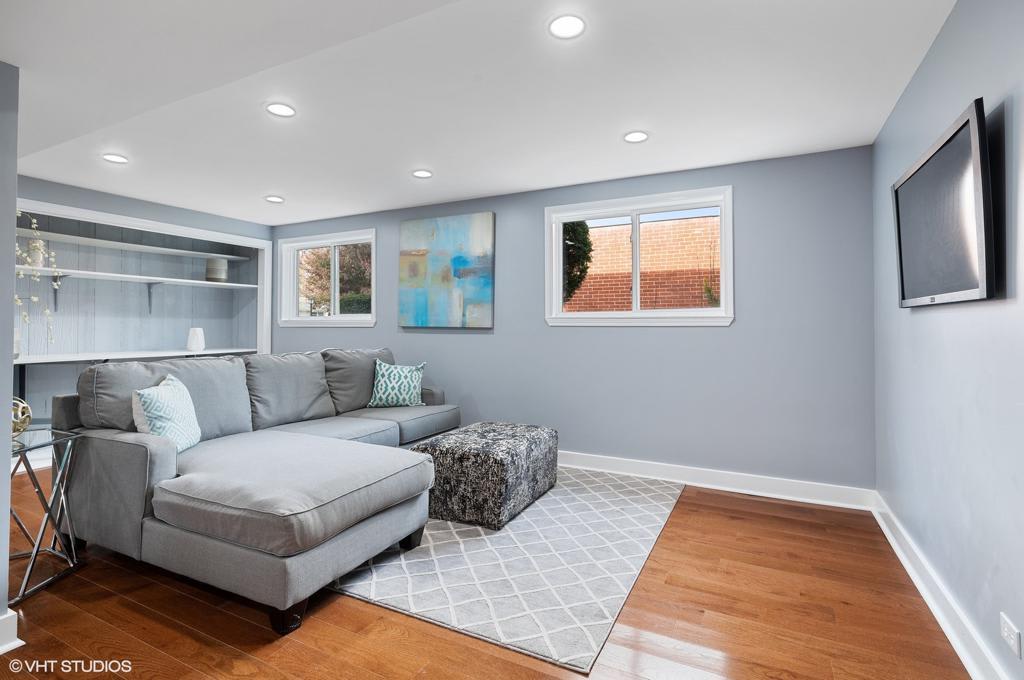 1043 Terrace Lane photo