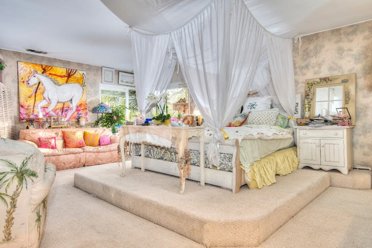 Traditional Holmby Hills Estate