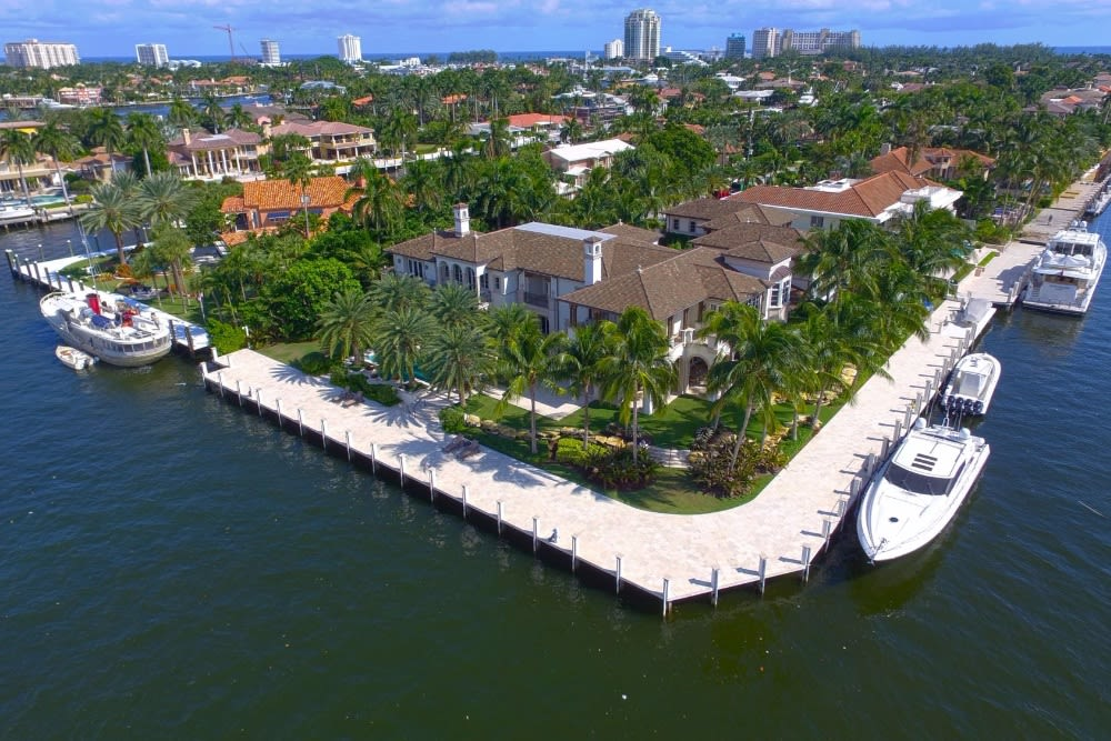 Magnificent Waterfront Estate Featured in Robb Report