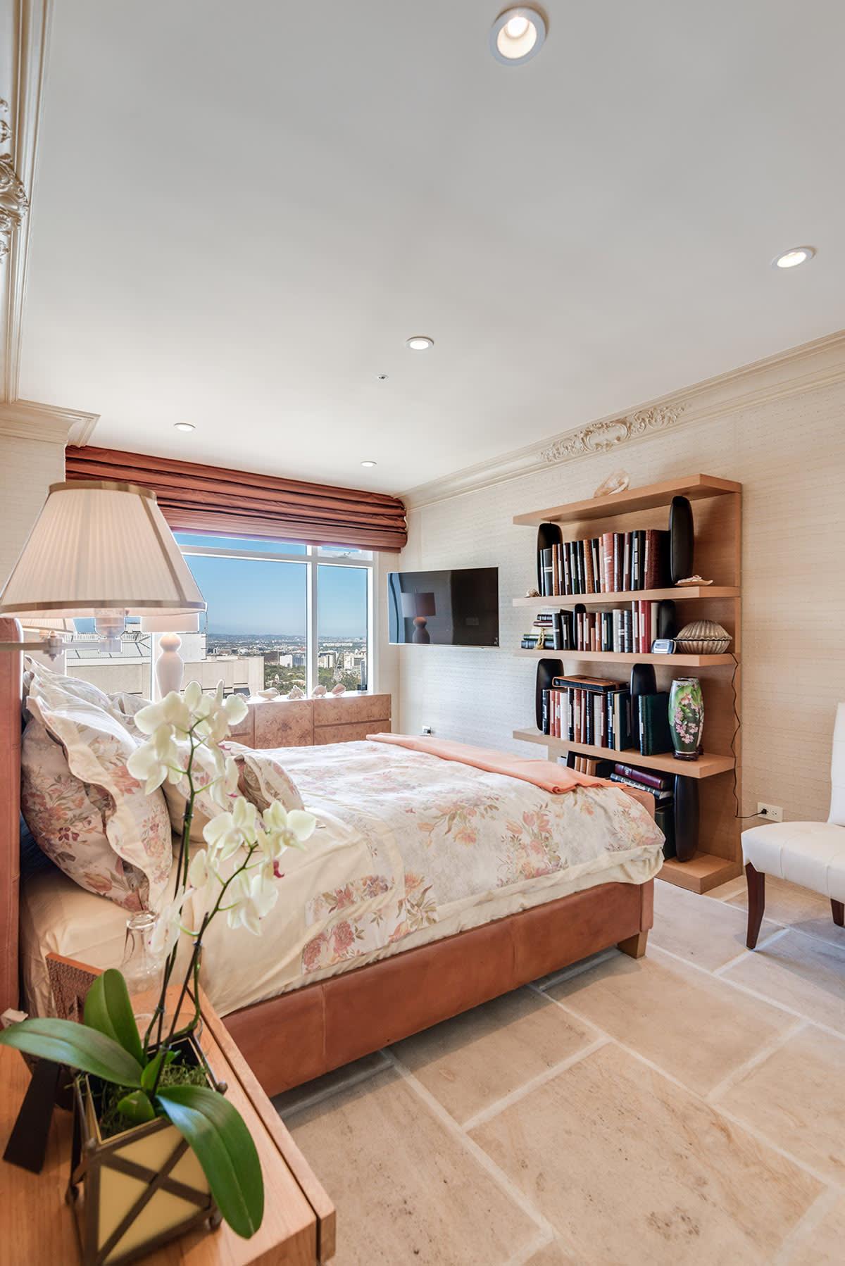 Exquisite 3+3.5 Condominium in La Tour