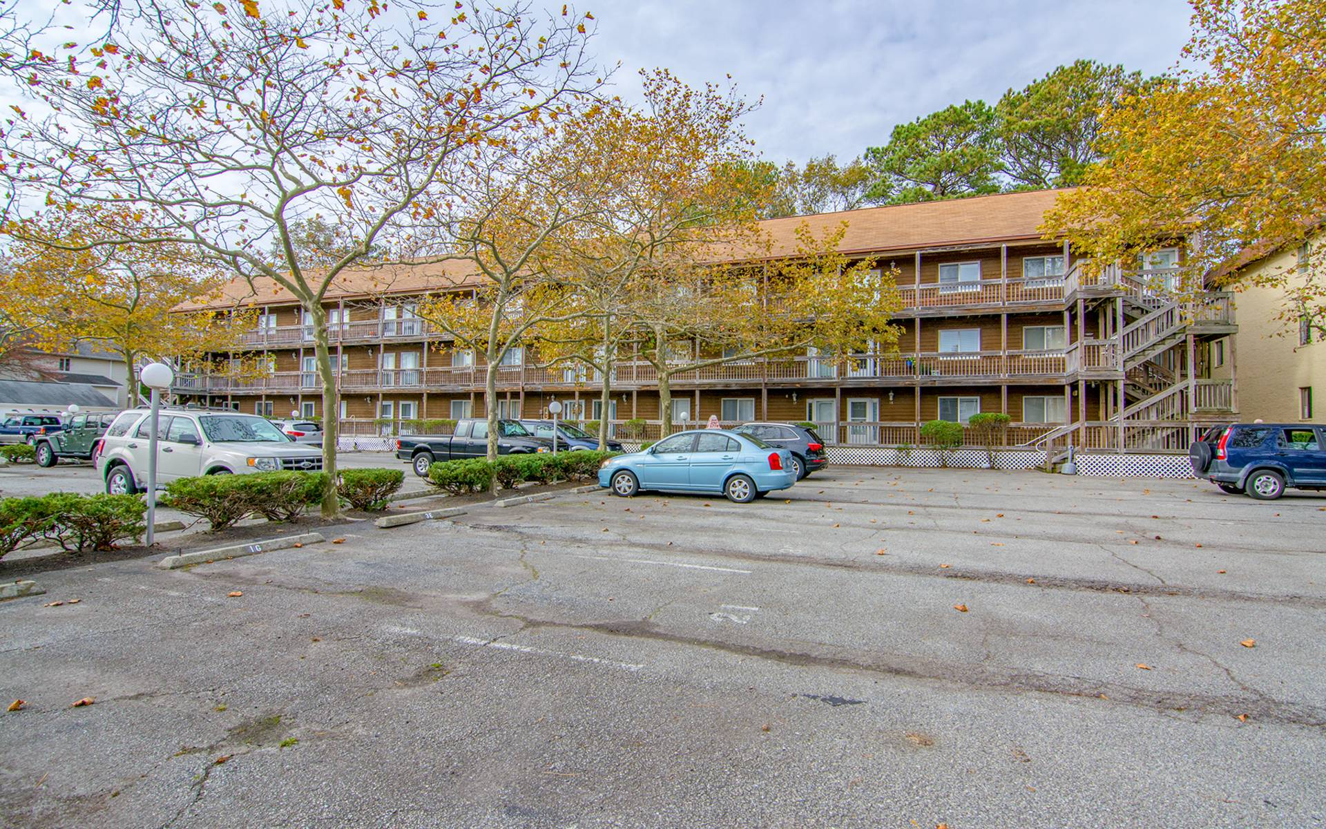 14301 Tunnel Ave, #2H photo