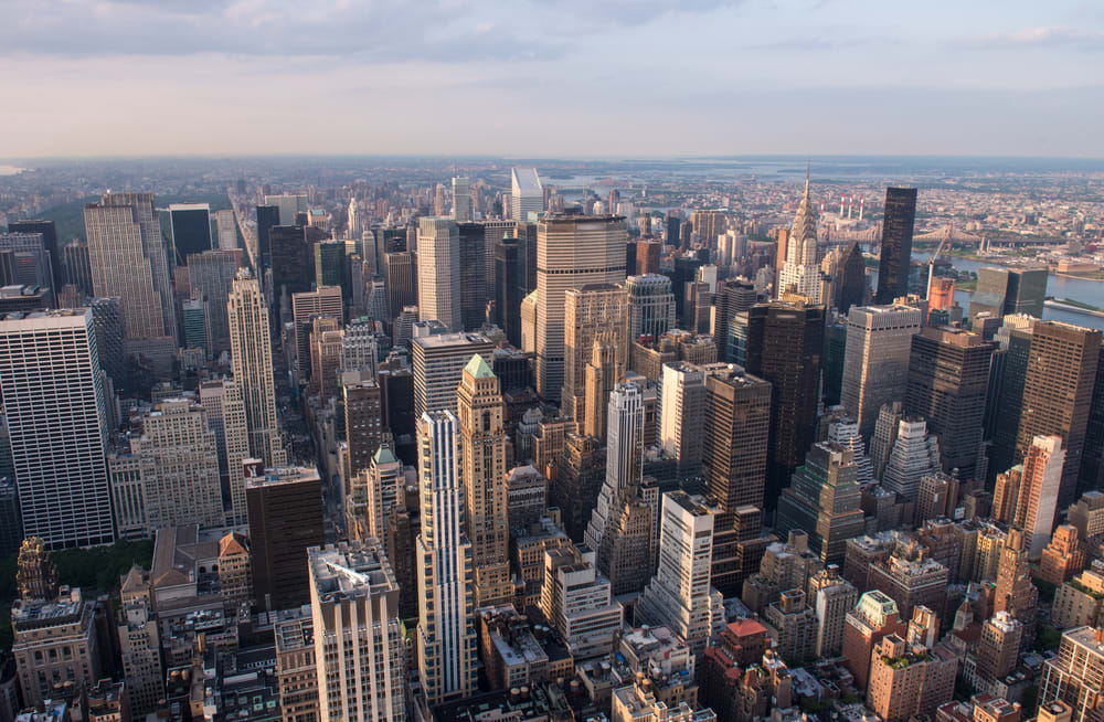 Hottest NYC Neighborhoods for Young Professionals