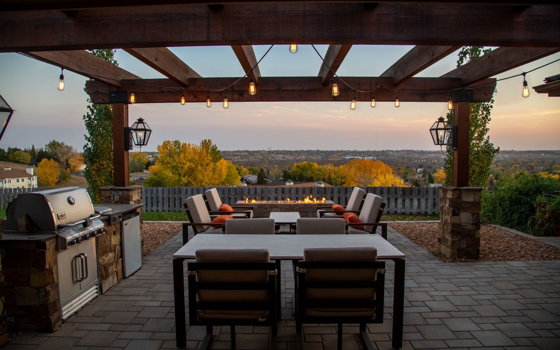 Everything You Need to Know About Indoor/Outdoor Spaces