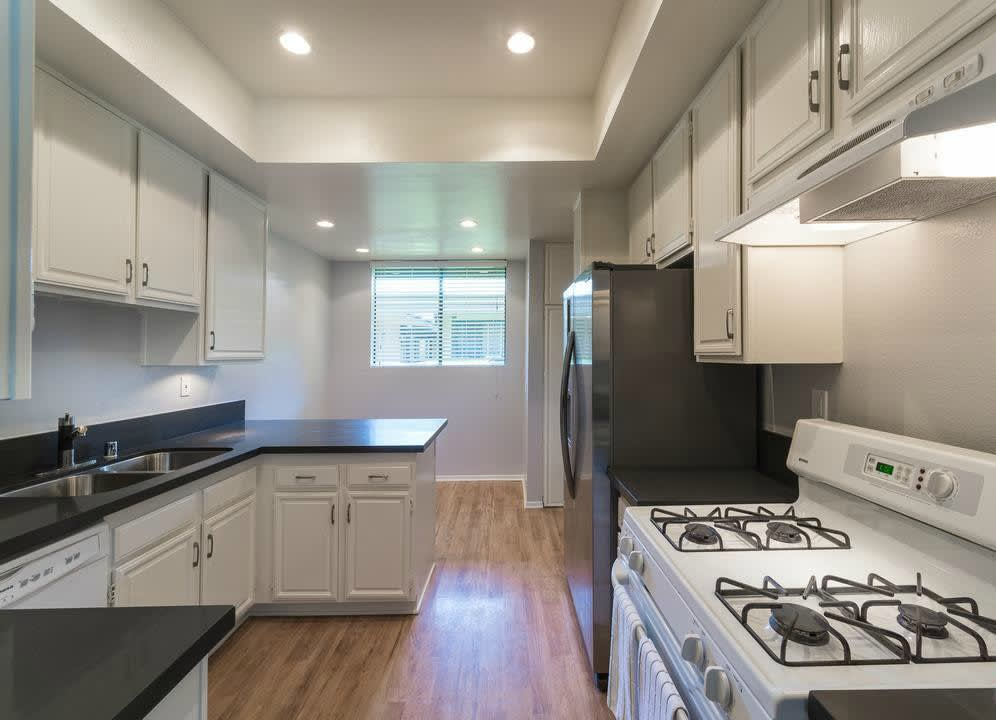 3480 Barham Blvd Unit 317 photo