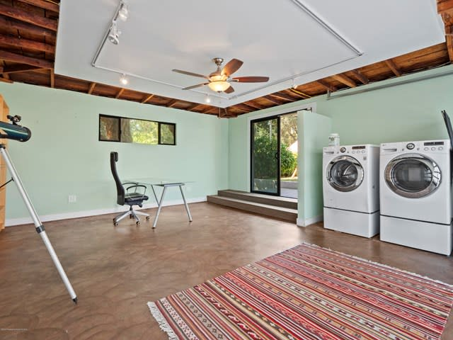 3033 Highview Ave preview