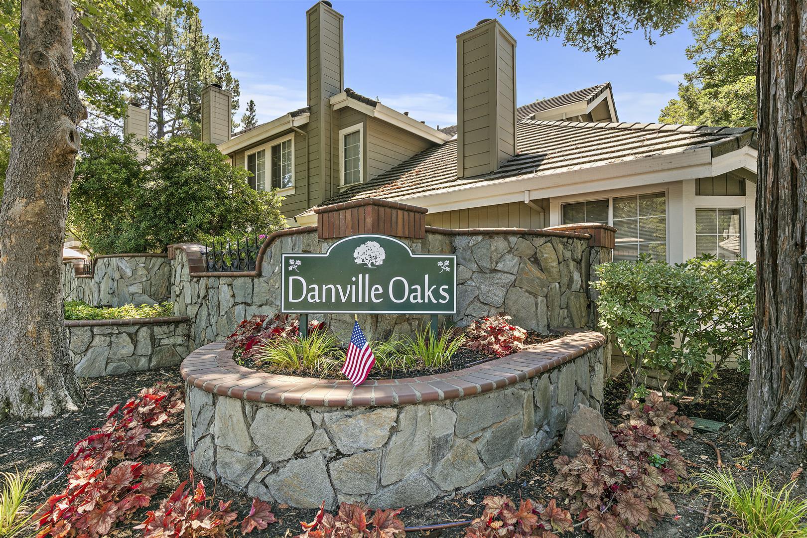 46 Danville Oak Pl  photo