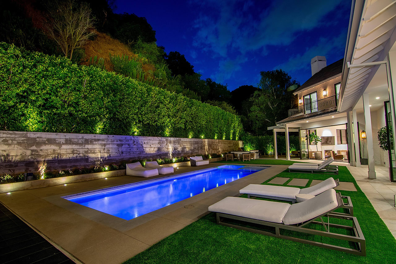 Warm Bel Air Contemporary