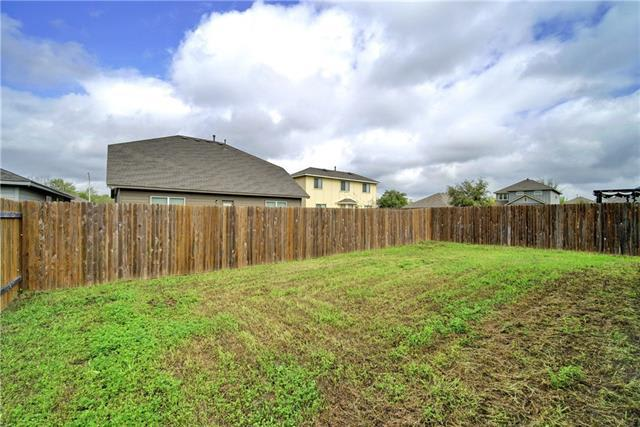 604 Silver Wing Dr photo