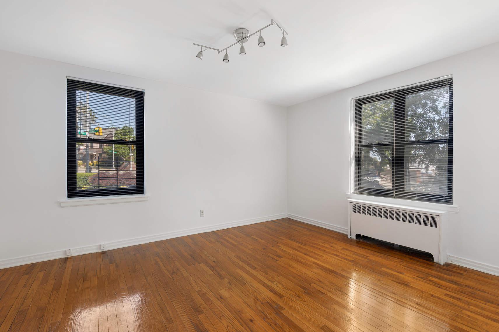 22-09 78th Street, Unit 2B photo