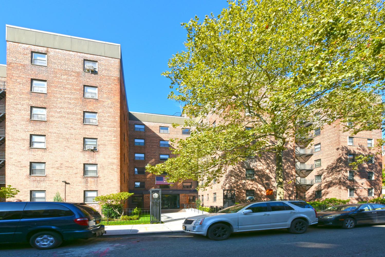 34-10 94th Street Unit 4C photo