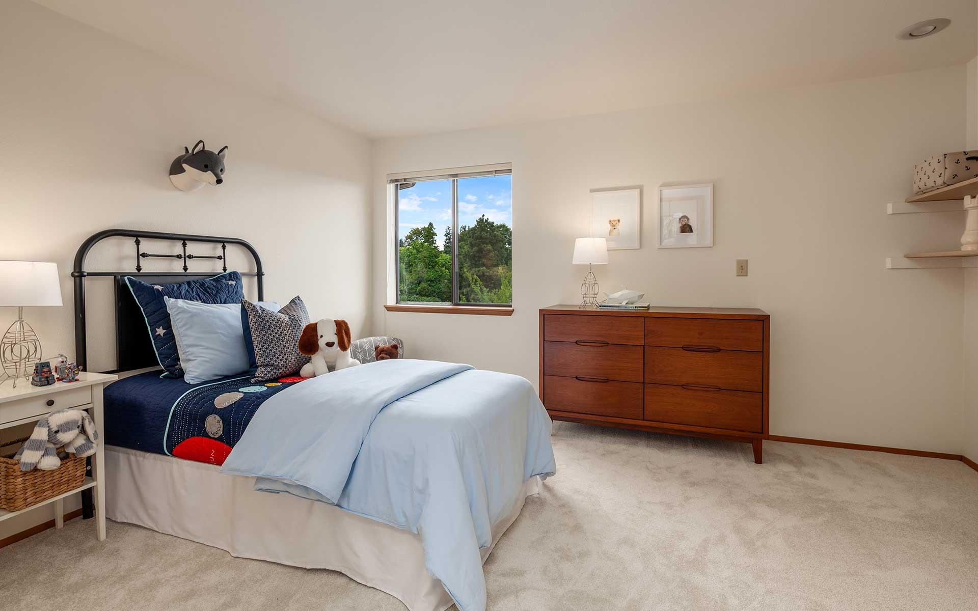 Northwest Style & Views in Lakewood photo