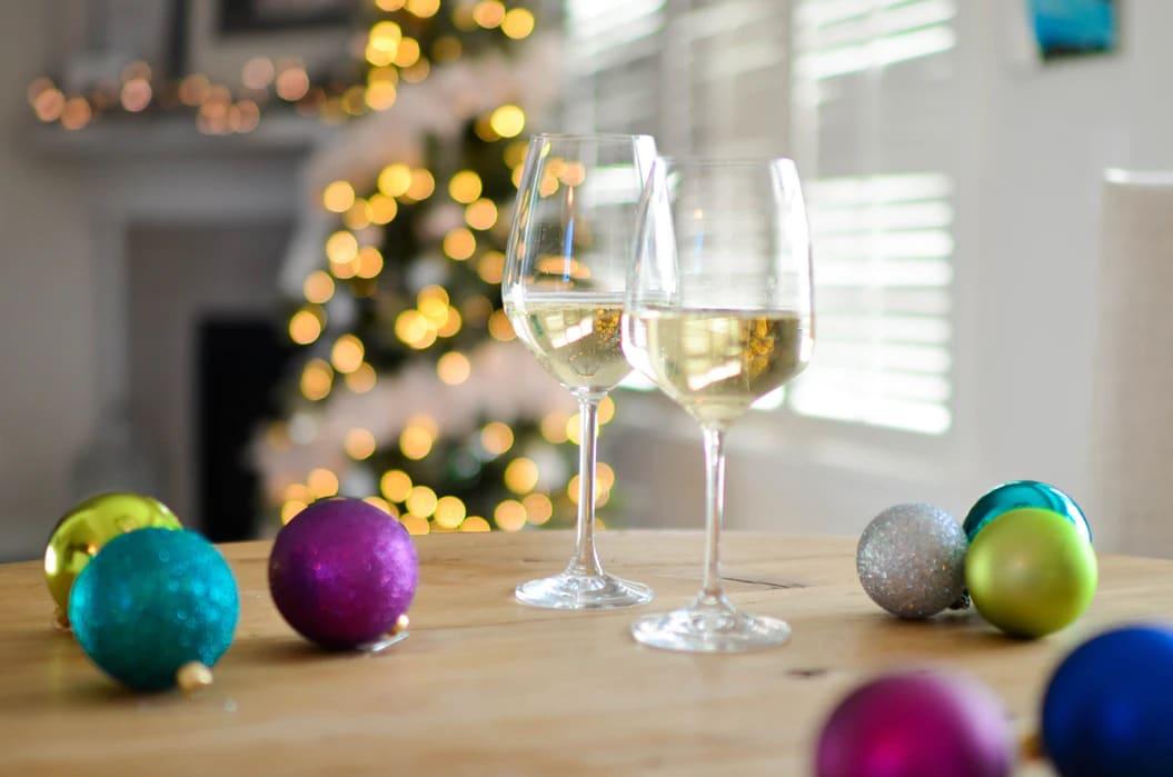 5 Festive Wines to Enjoy This Christmas