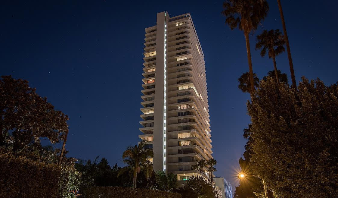 9255 Doheny Rd, #1604