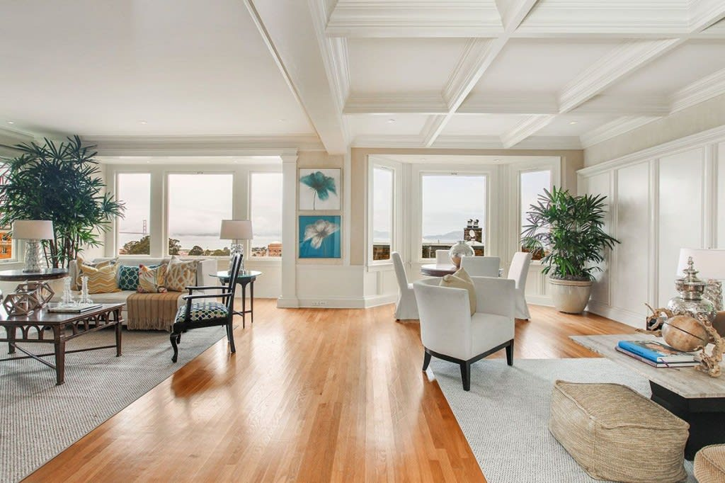 Pacific Heights Home With Spectacular Views photo