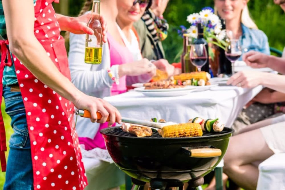 Summer Barbecue Ideas That Will Make You Social Superstars