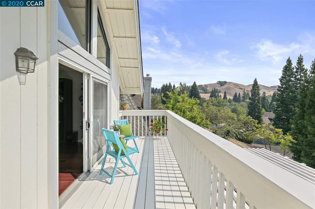 253 Conifer Terrace   photo