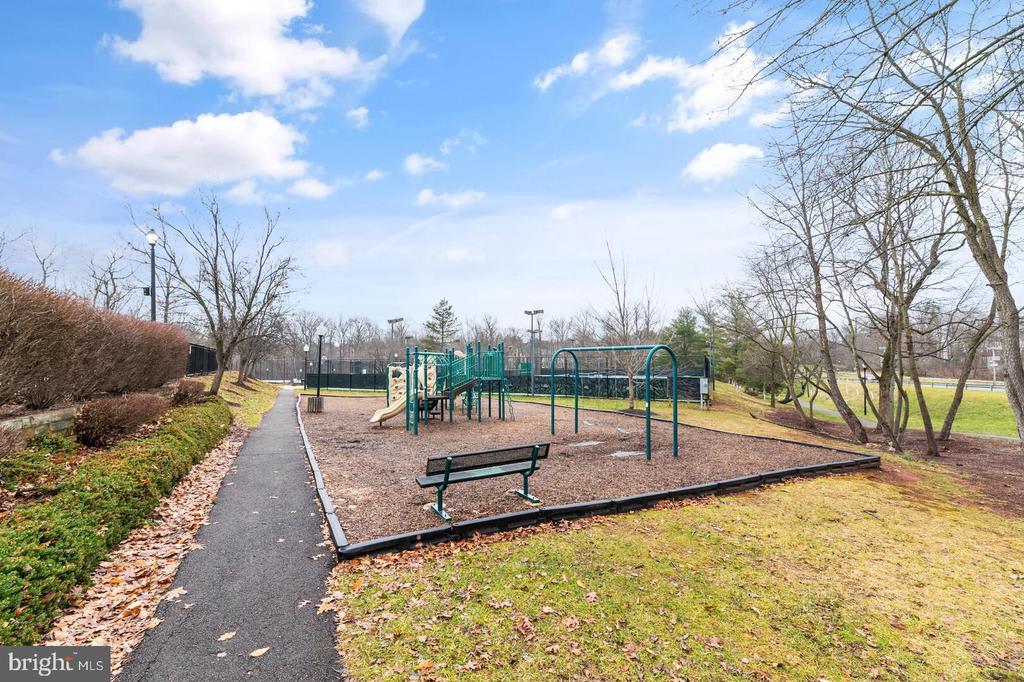 20640 Parkside Circle photo
