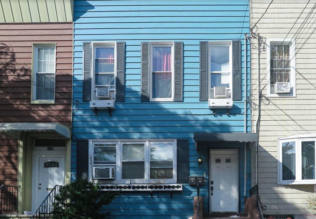 294 Hemlock St, #1 photo