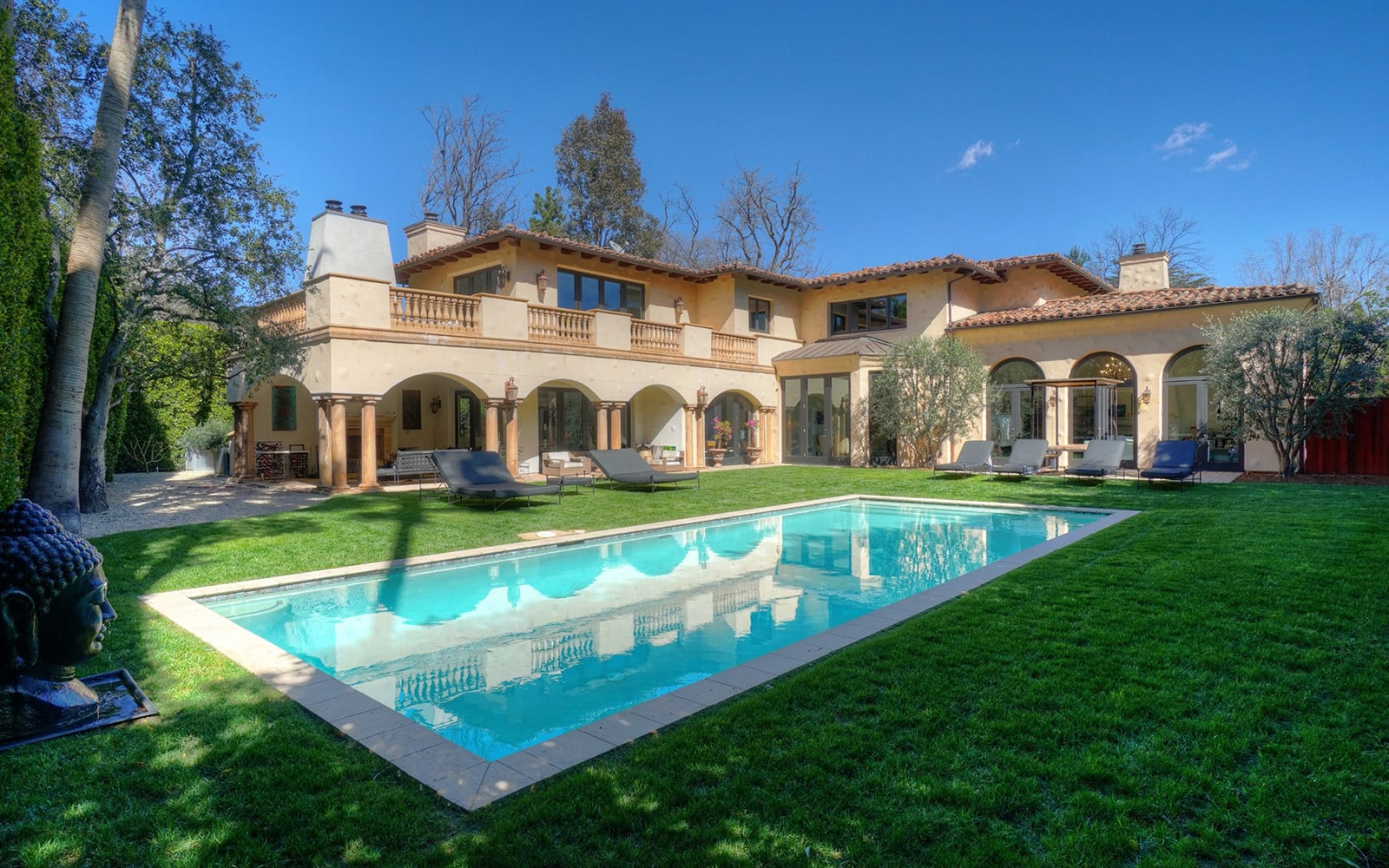 10313 Woodbridge St: a luxury home for sale in Toluca Lake ...