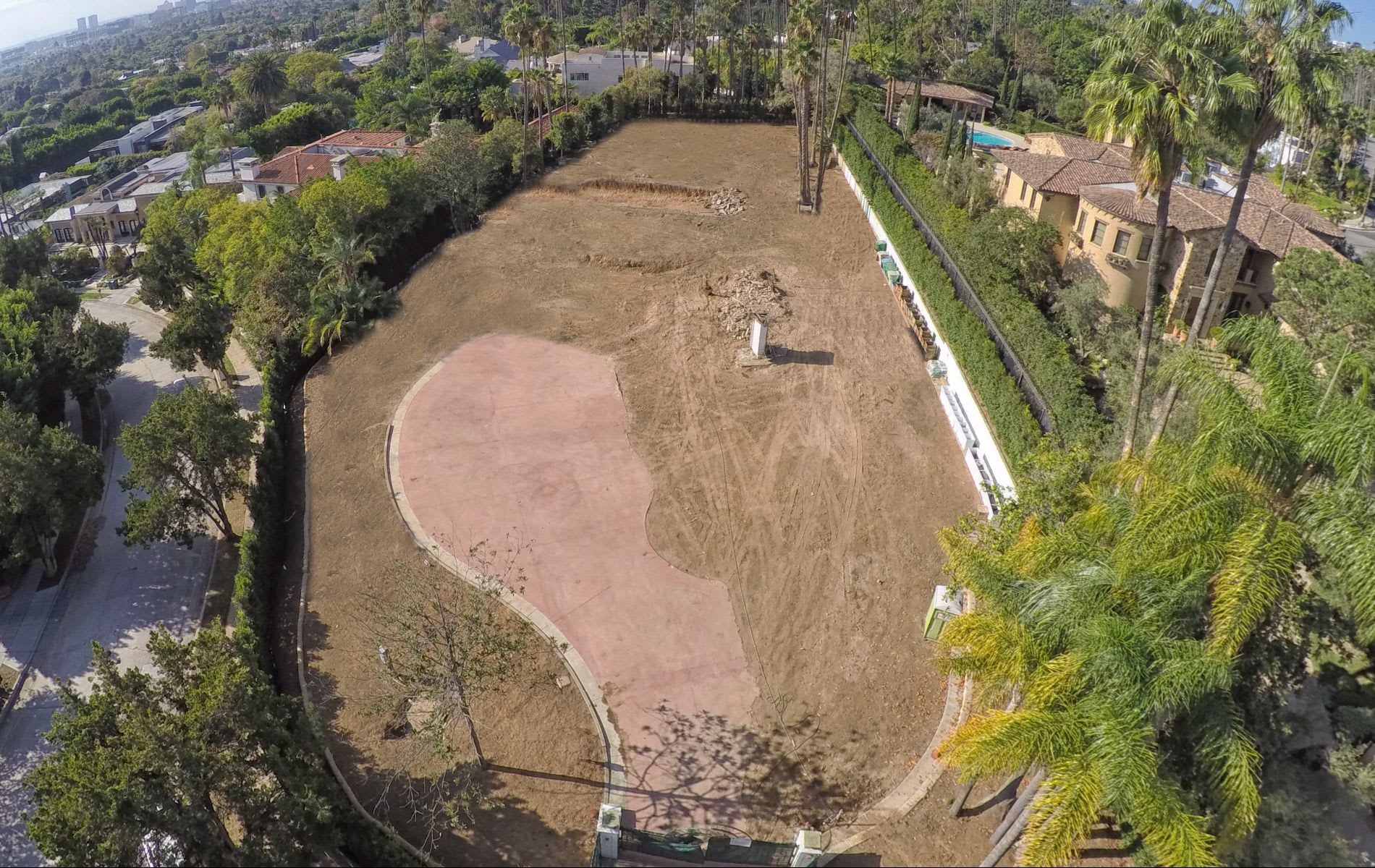 Land / Lot for Sale at 811 Alta Dr 811 Alta Dr Beverly Hills, California,90210 United States