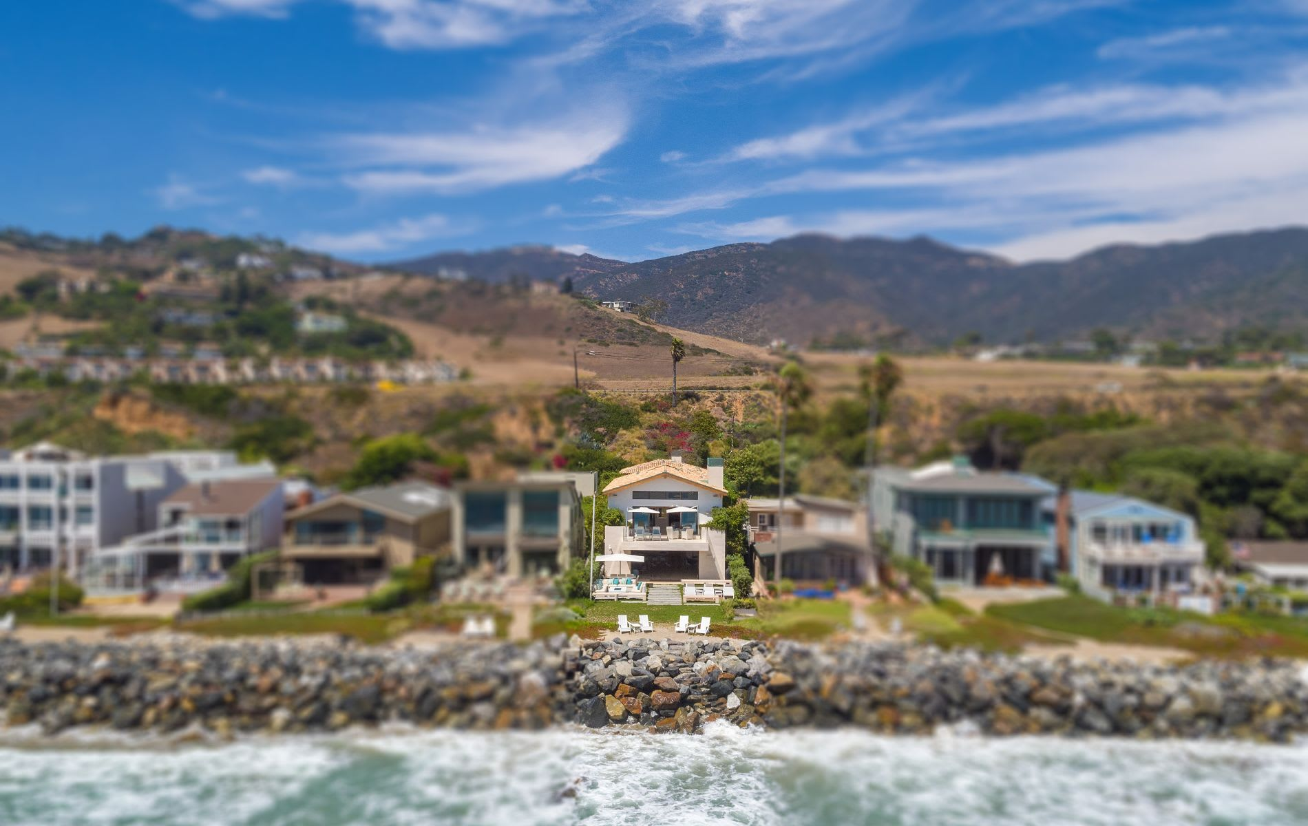 Casa Unifamiliar por un Venta en 31038 Broad Beach Rd 31038 Broad Beach Rd Malibu, California,90265 Estados Unidos