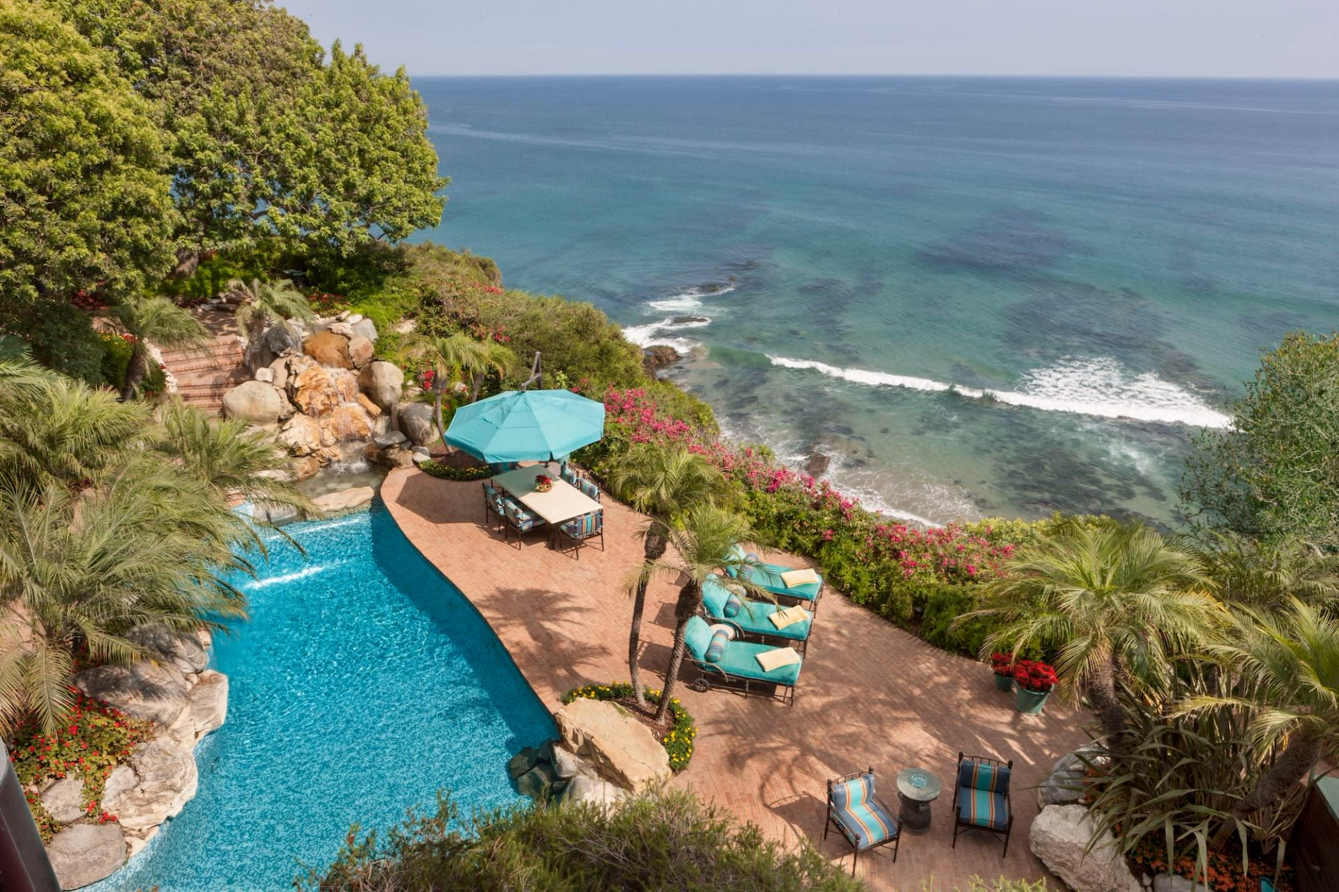 Single Family Home for Sale at 6962 Wildlife Rd 6962 Wildlife Rd Malibu, California,90265 United States