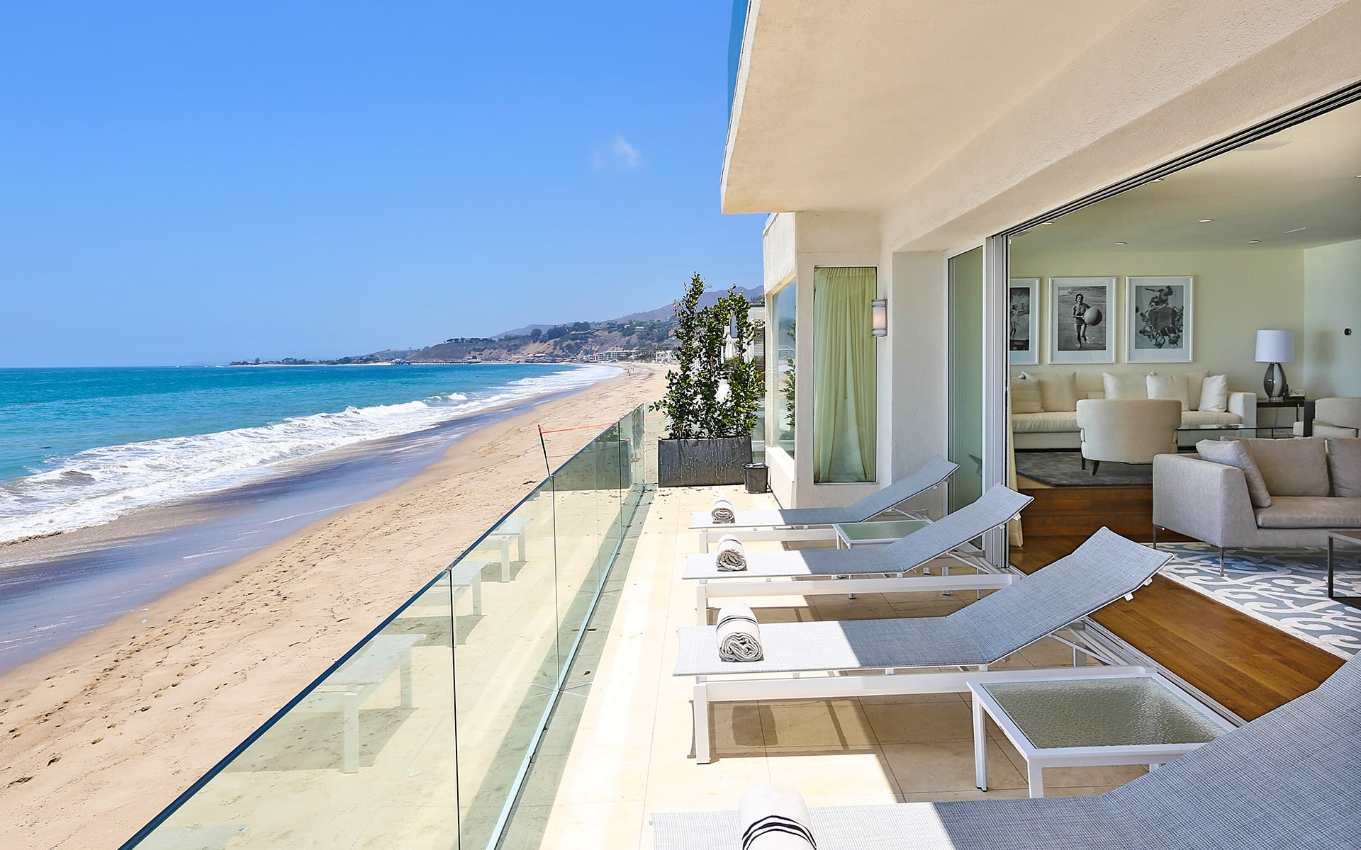 Single Family Home for Sale at 21830 Pacific Coast Hwy 21830 Pacific Coast Hwy Malibu, California,90265 United States