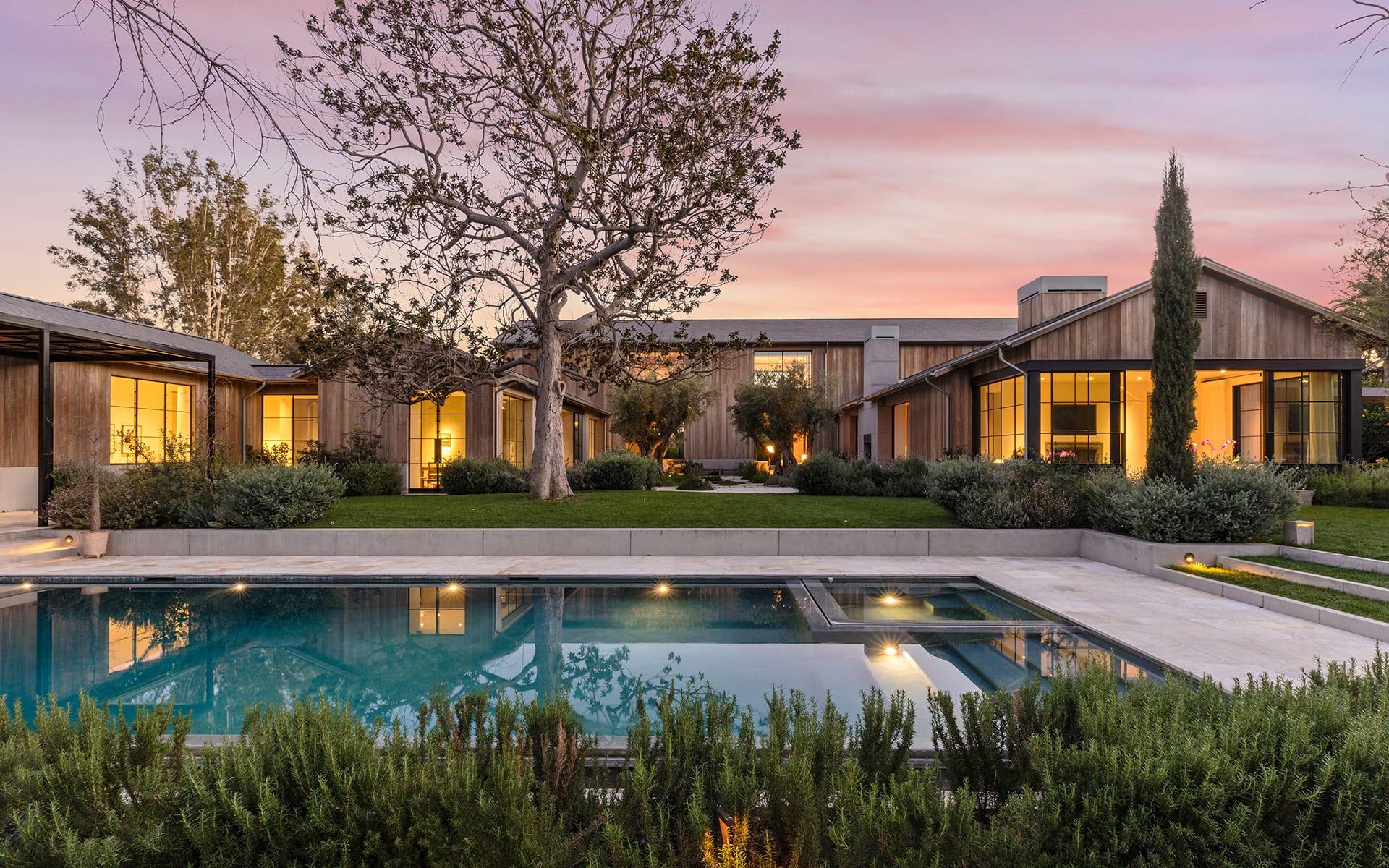 Eensgezinswoning voor Verkoop een t 320 N Carolwood Dr 320 N Carolwood Dr Los Angeles, Californië,90077 Verenigde Staten
