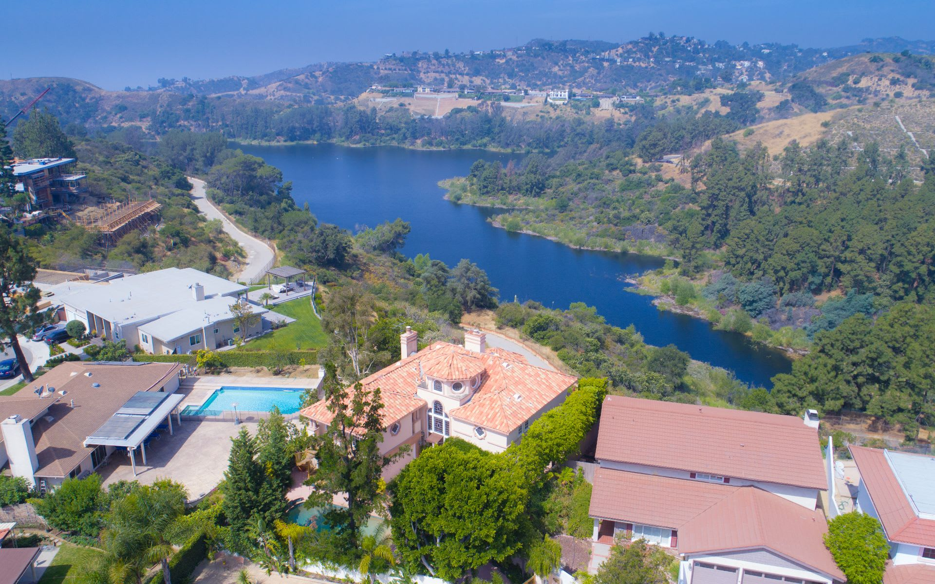 Additional photo for property listing at 6312 Arrowhead Pl 6312 Arrowhead Pl Los Angeles, California,90068 United States