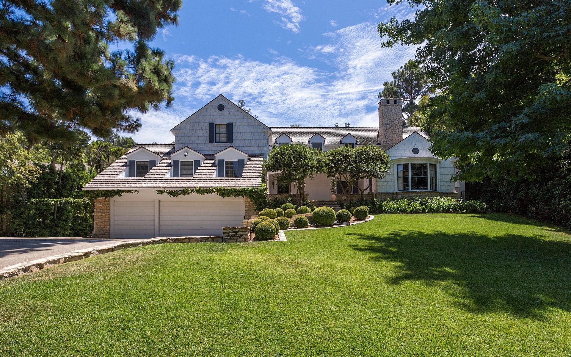 独户住宅 为 销售 在 9212 Hazen Dr 9212 Hazen Dr 贝弗利山庄, 加利福尼亚州,90210 美国