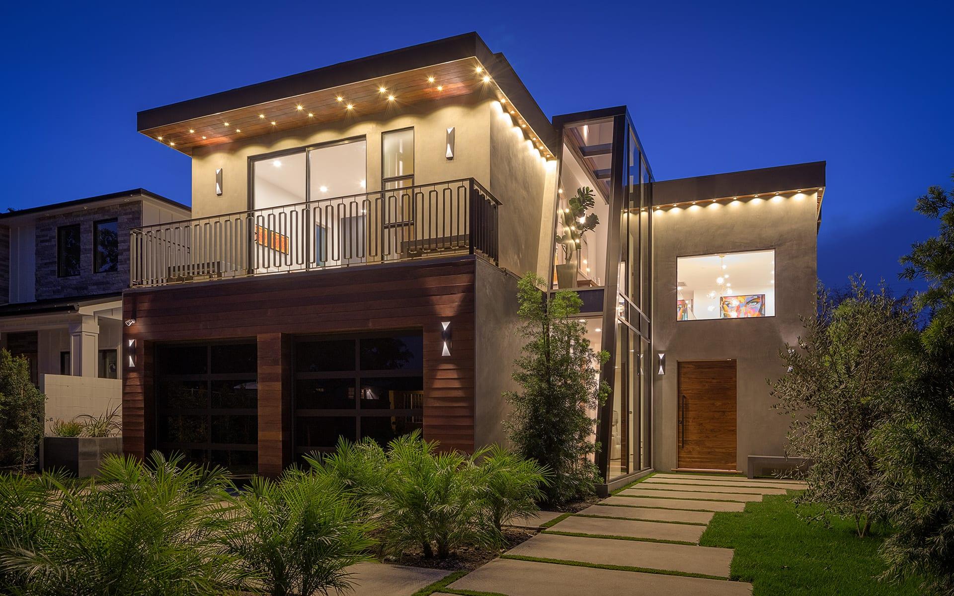Casa para uma família para Venda às 4439 Stansbury Ave 4439 Stansbury Ave Sherman Oaks, Califórnia,91423 Estados Unidos