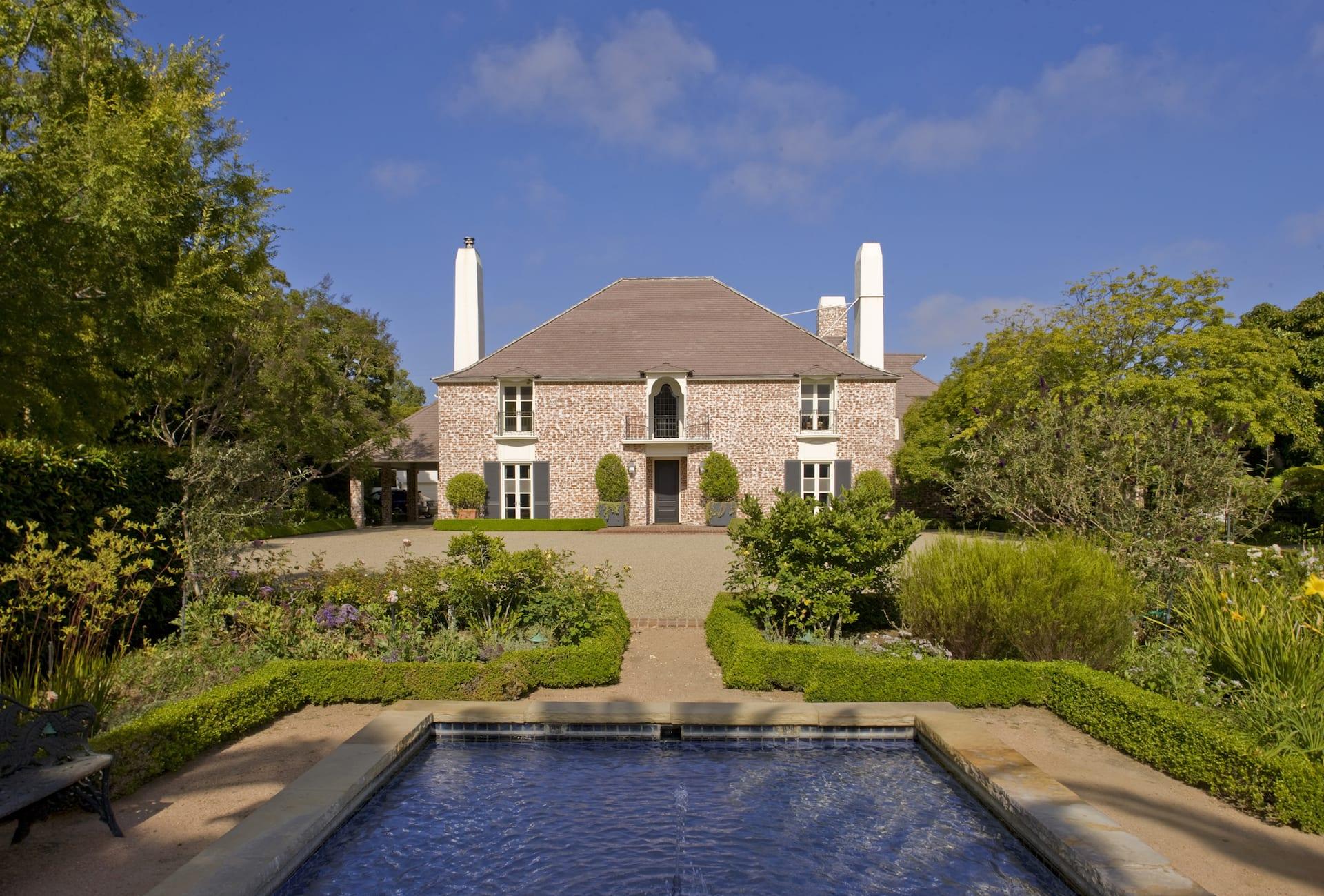 Casa Unifamiliar por un Venta en 110 N Rockingham Ave 110 N Rockingham Ave Los Angeles, California,90049 Estados Unidos