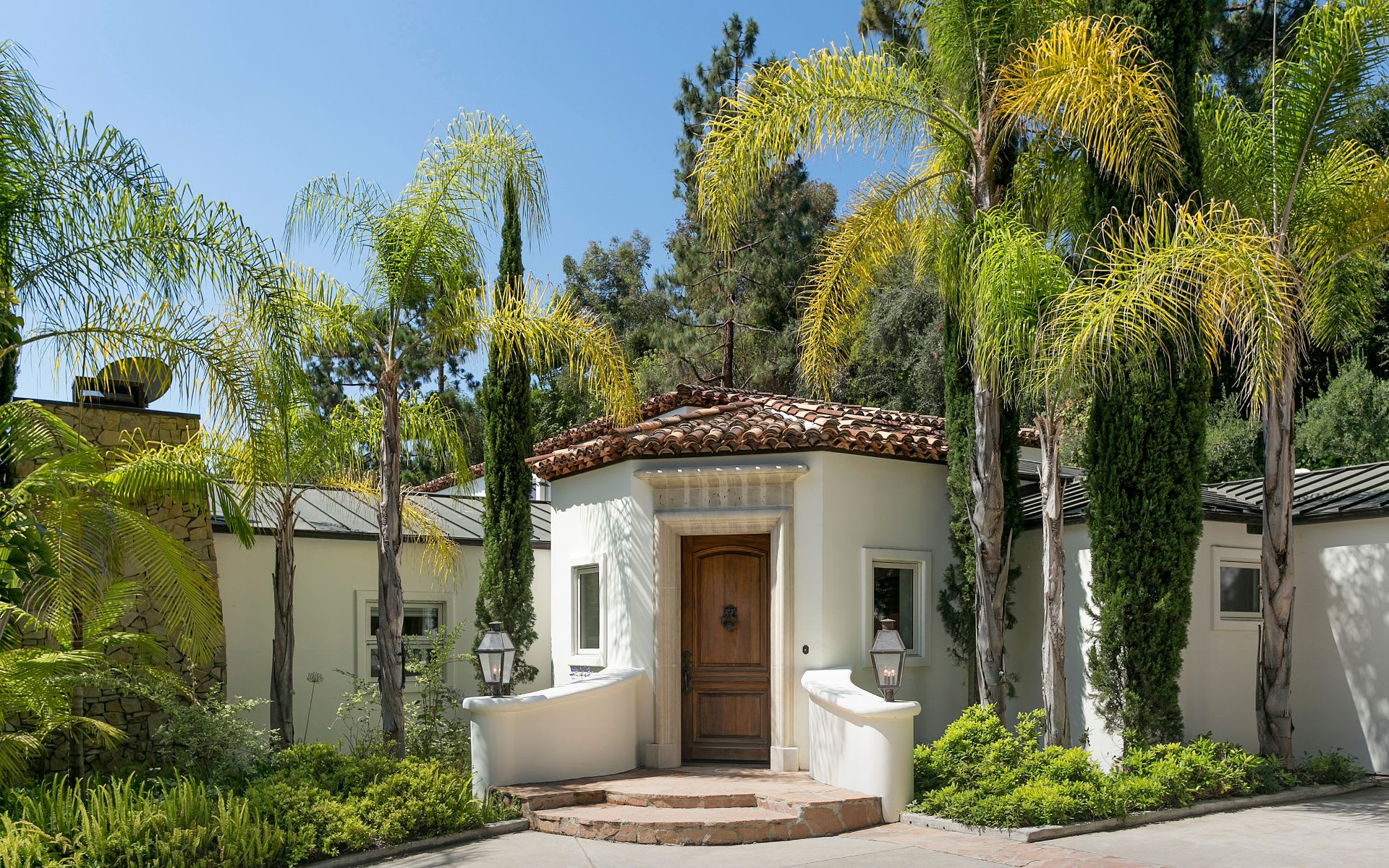 Additional photo for property listing at 1031 Cove Way 1031 Cove Way Beverly Hills, Californië,90210 Verenigde Staten