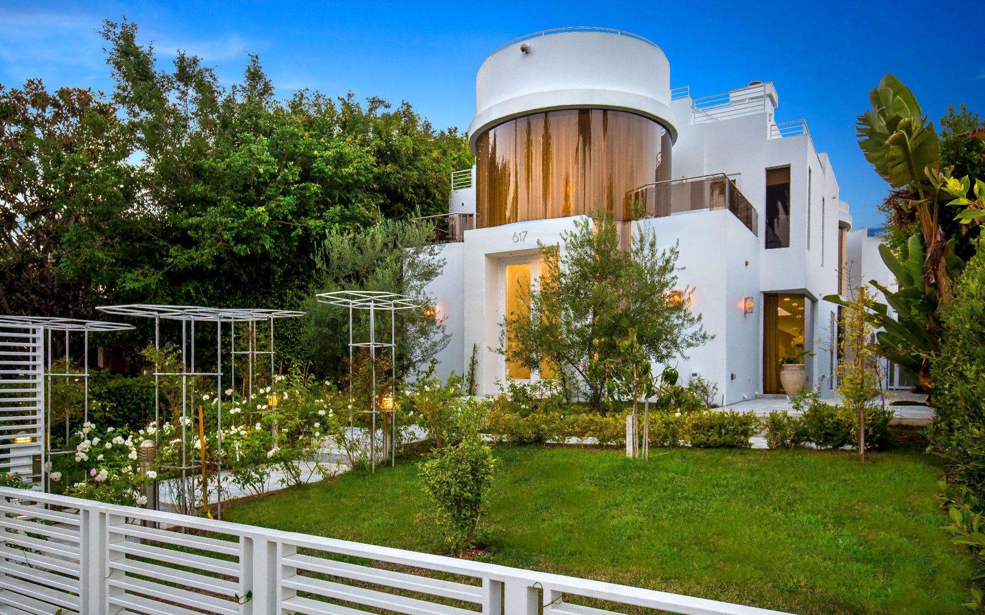 Nhà ở một gia đình vì Bán tại 617 Georgina Ave 617 Georgina Ave Santa Monica, California,90402 Hoa Kỳ