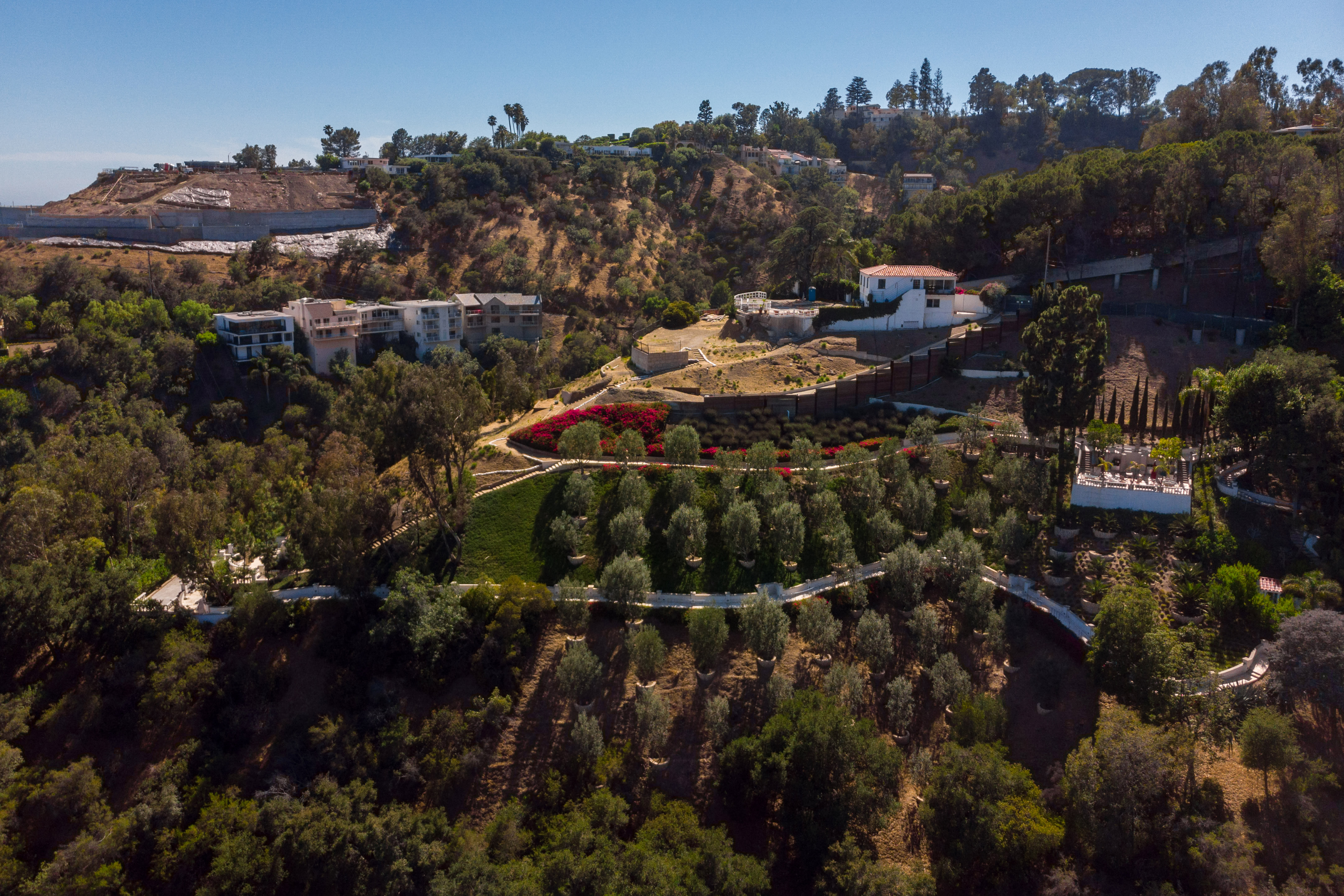 Beverly Hills - Real Estate and Apartments for Sale ...  Beverly Hills -...
