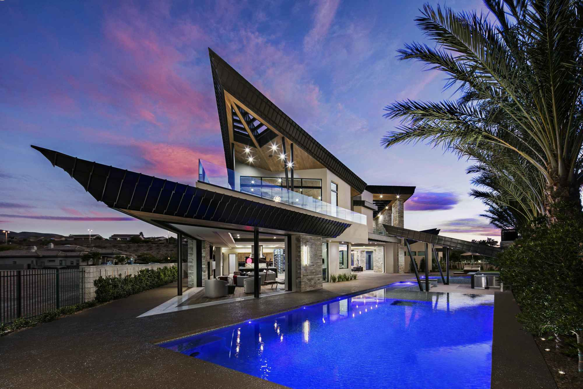 Seven Hills Luxury Home Represents New Las Vegas Aesthetic