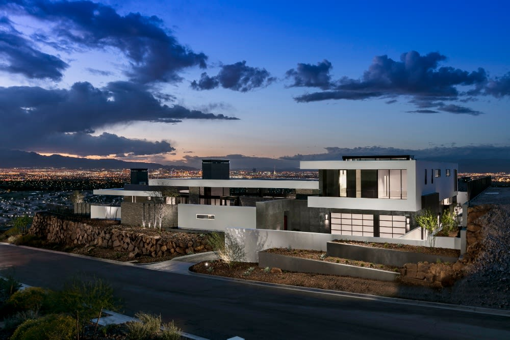 A 'Desert Contemporary' Just Outside Las Vegas