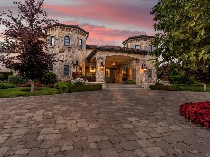 Incredible Dana Jeff Luxury Homes Calabasas Real Estate Team Download Free Architecture Designs Sospemadebymaigaardcom