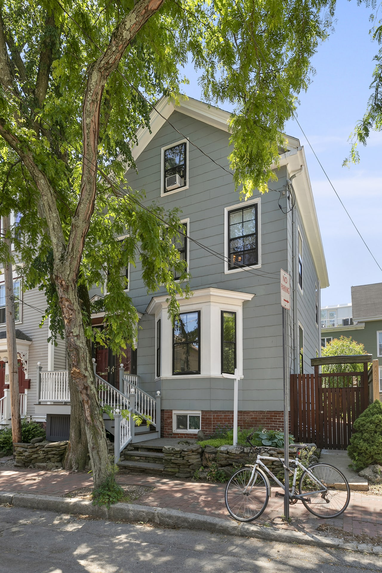 610 Franklin Street—Cambridge Riverside 2-Family—