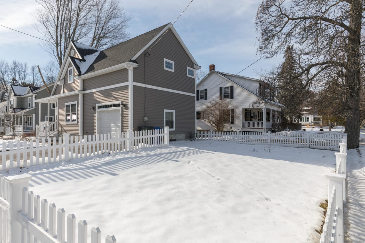Impeccably Maintained Cape in South Portland