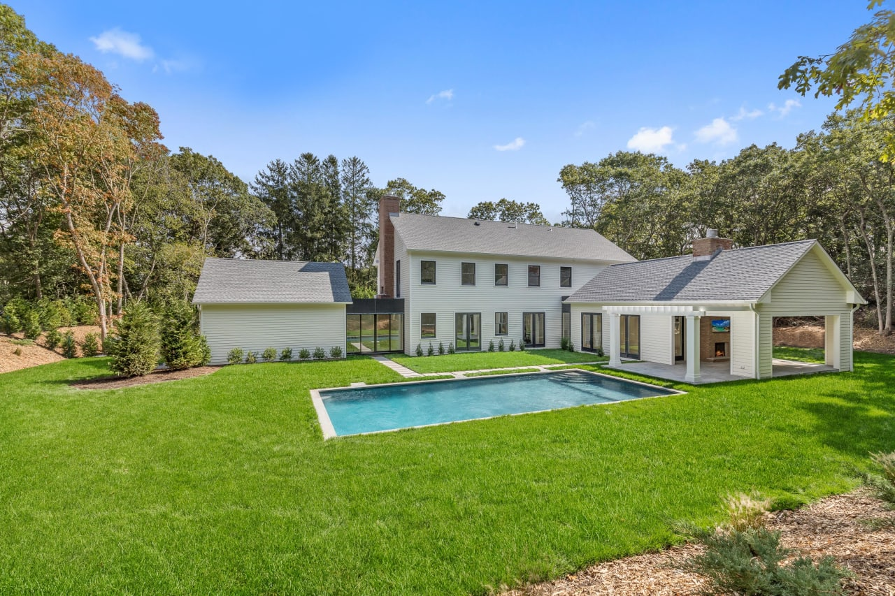Celebrity Designed Modern Farmhouse