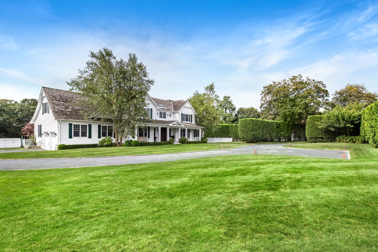 Beautiful Bridgehampton Estate