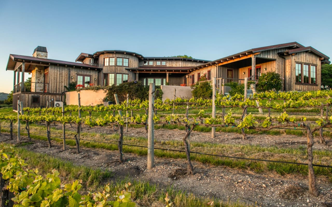 Diamond T Ranch & Vineyards - The Talbott Estate