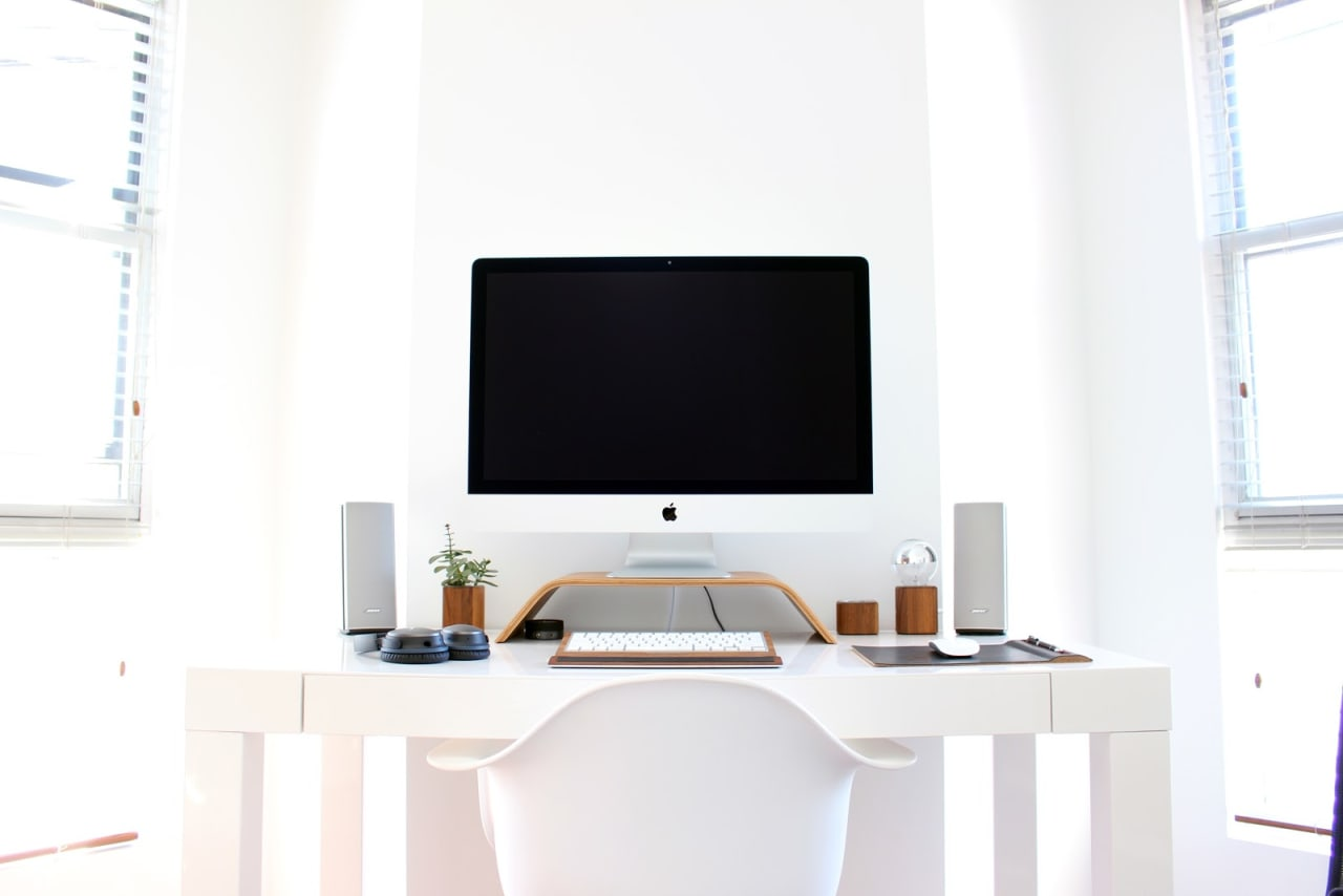 """4 Tips for Creating a Home Office that """"Works"""""""