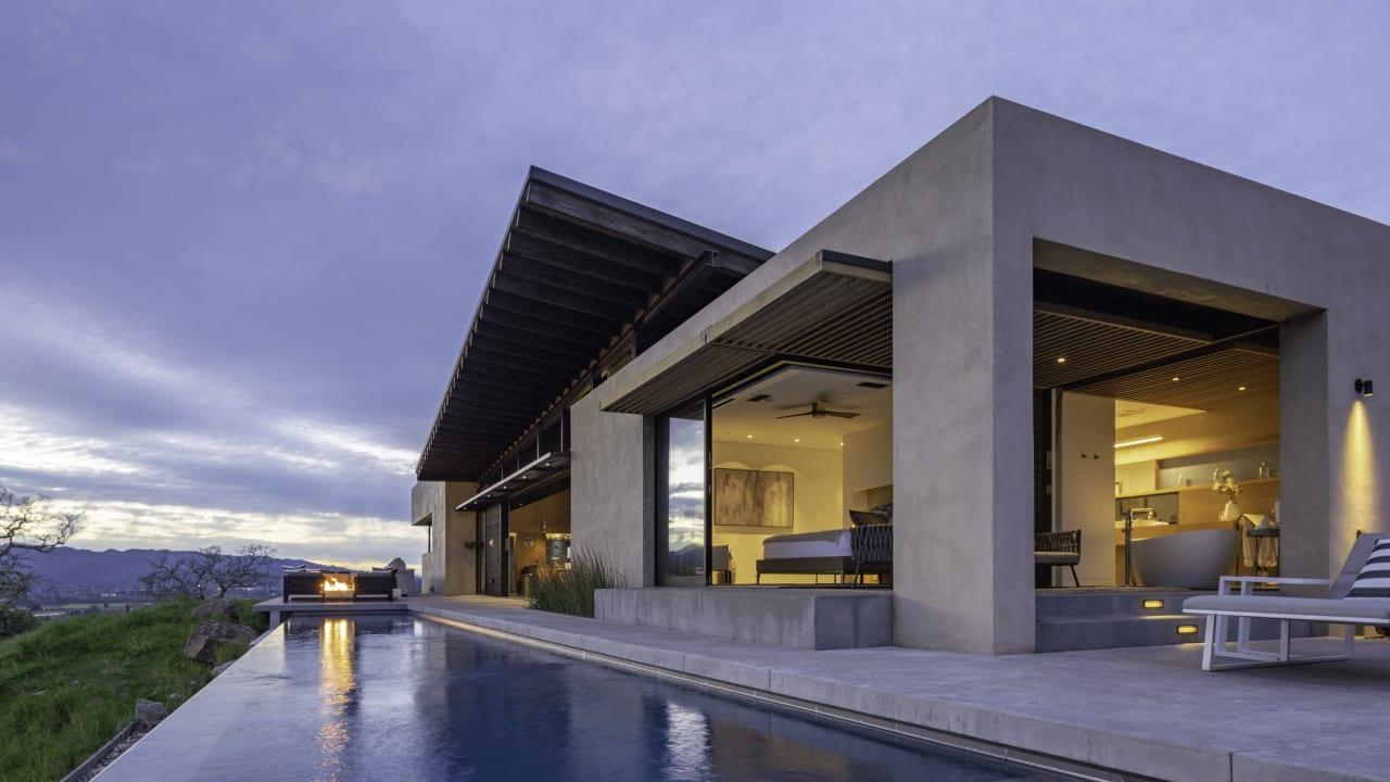 Sold   Oakville Modern View Estate