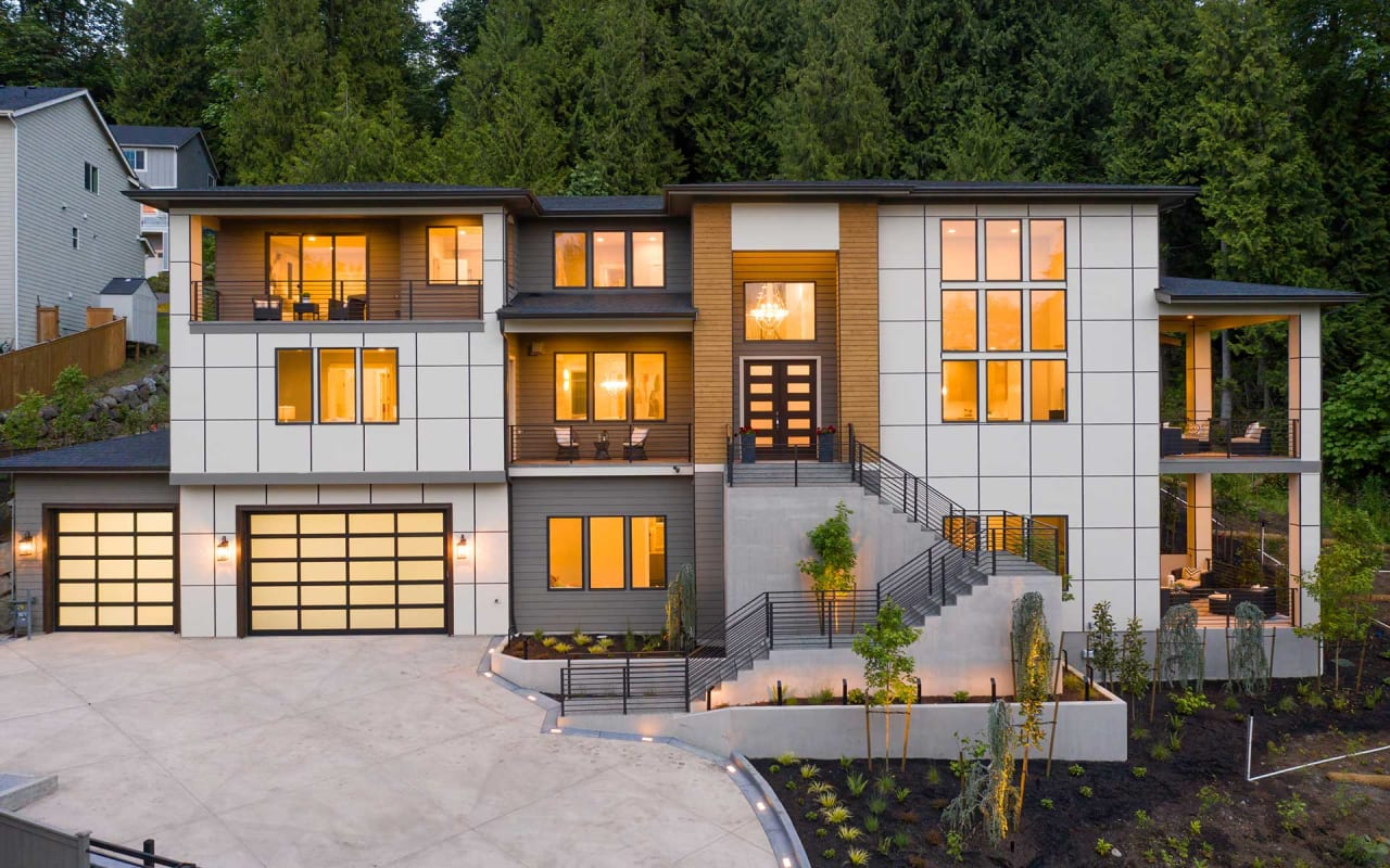 Luxe Northwest Retreat Perched on Cougar Mountain