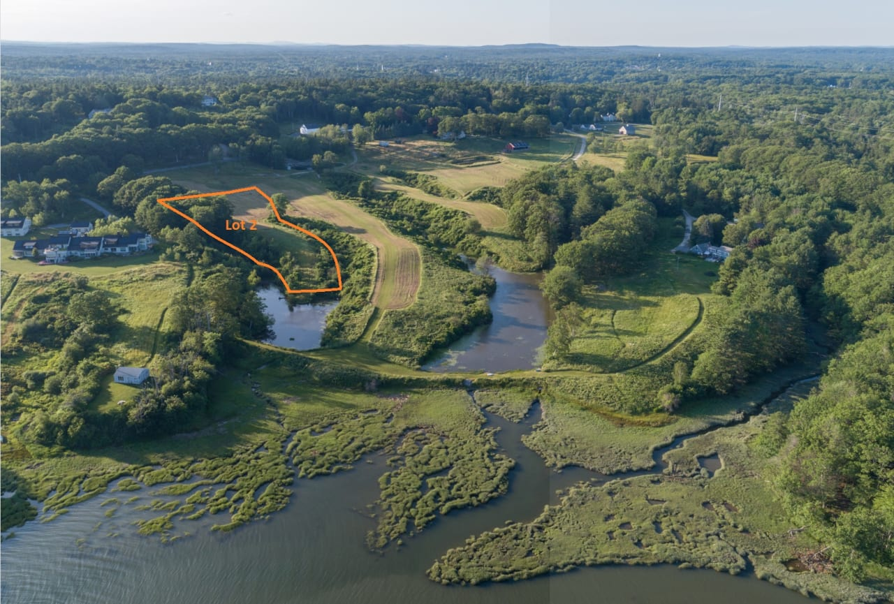 Estate Lot in Yarmouth's Newest Neighborhood