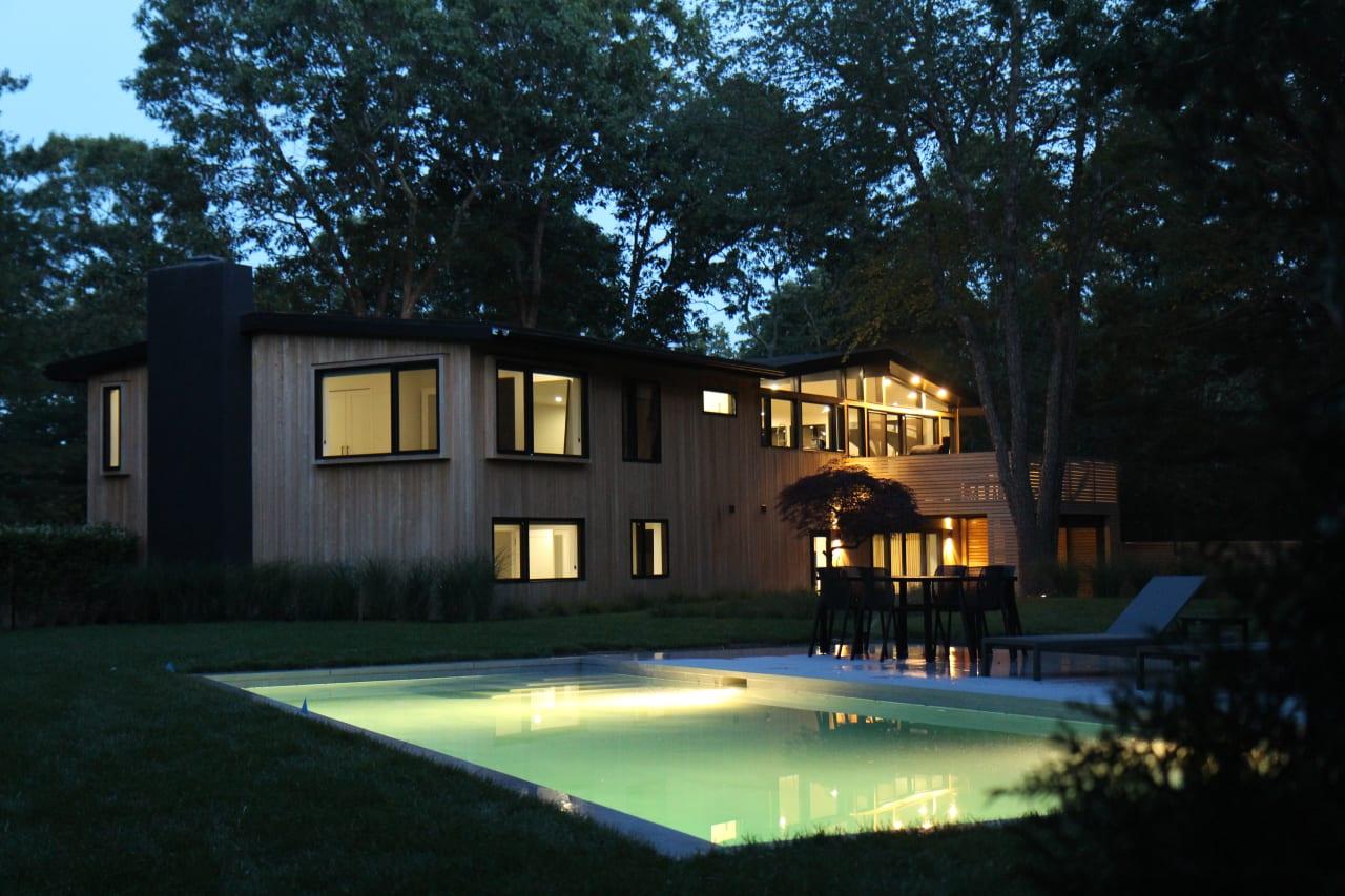 Fully Renovated Mid-Century Modern