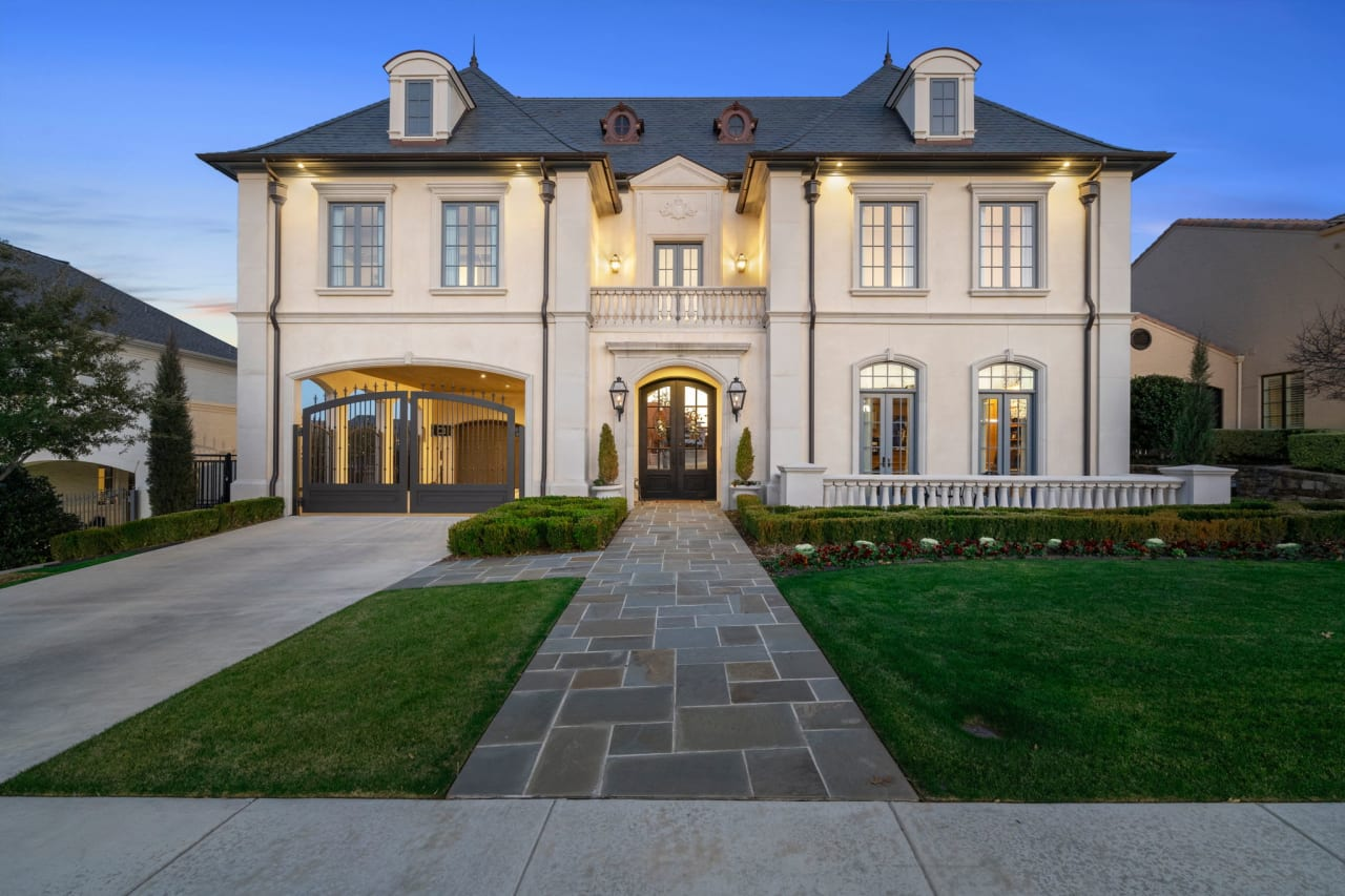 French Inspired Perfection in Riverhills